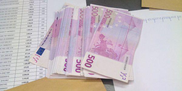 50.000 euros en dinero negro para repartir